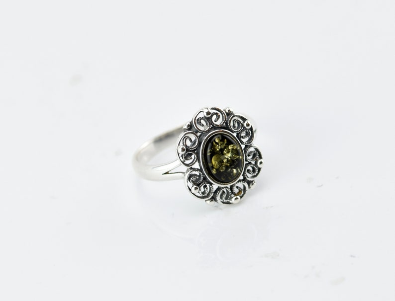 BALTIC GREEN or HONEY AMBER /& STERLING SILVER FLOWER RING VARIOUS SIZES