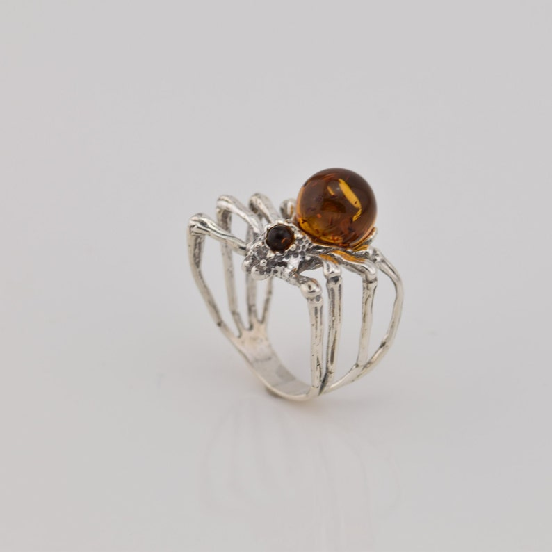 spider shape sterling silver ring with natural Baltic amber amber ball ring amber jewelery midi ring gemstone ring animal ring