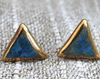 stud earring ceramic turquoise with golden rand