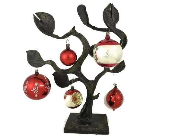 Red Glass Christmas Tree Decorations.
