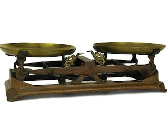 Antique Cast Iron Scales with Brass Pans. French Market Scale Balance.