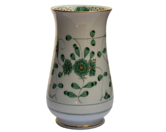 Meissen Porcelain Indian Flower Vase with Hand Painted Green Floral Bouquet