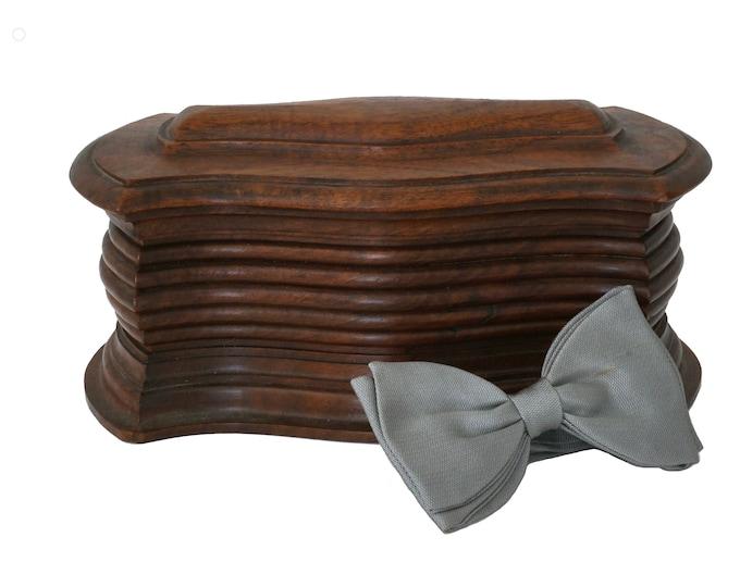 Wooden Bow Tie Storage Box, Vintage Mens Valet Jewelry Box