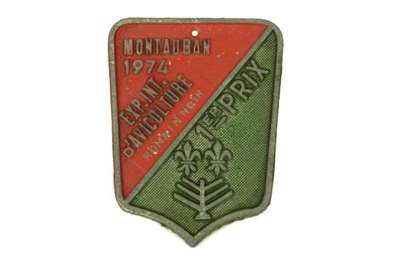 Shabby French Vintage Agricultural Award Medal, 1974 Birthday Gift, Red and Green Wall Sign, Country Decor