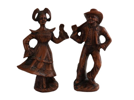 French Terracotta Folk Art Dolls, Pair of Traditional Santon Figurines by Francis Lascour