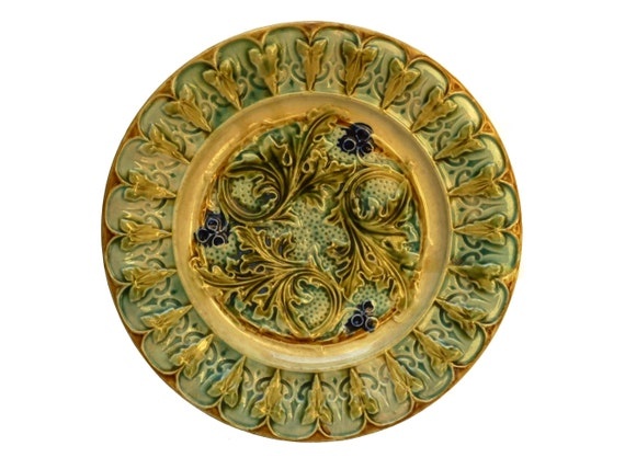Antique French Majolica Acanthus Leaf Wall Plate
