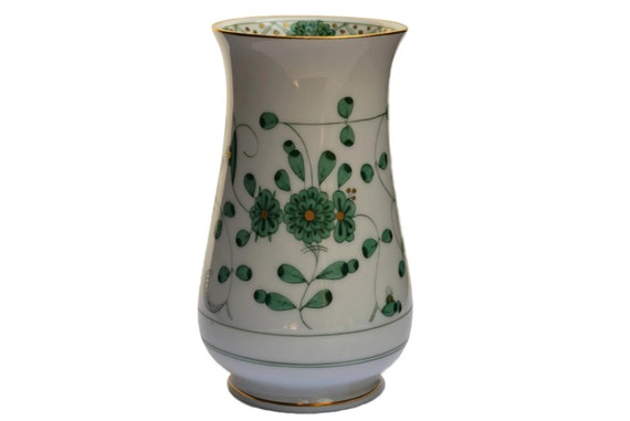 Hand Painted Meissen Green Indian Flower Porcelain Vase