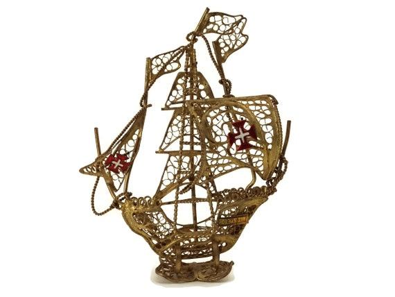 Gold Filigree Sailing Ship Model with Maltese Cross Flags, Portugal Boat Souvenir, Nautical Gifts and Decor