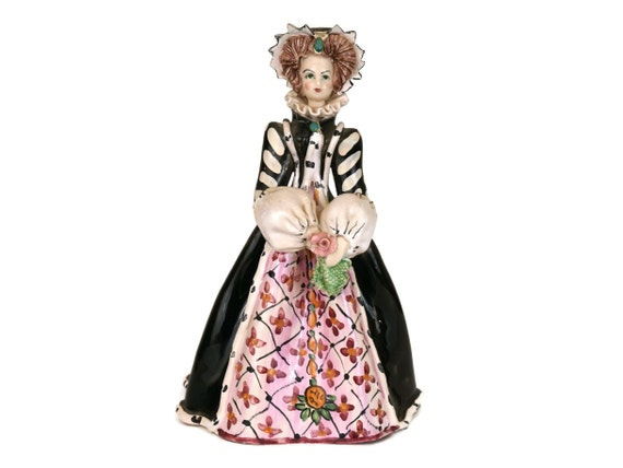 Catherine de Medici Ceramic Figurine, Vintage French Historical Figure, Collectible Queen statuette