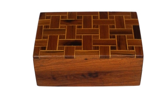 French Art Deco Wooden Cigarette Box with Geometric Marquetry Inlay