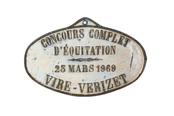 1969 Vintage Equestrian Medal, French Country Decor, Rustic Horse Award Wall Sign