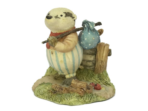 Jeremy Badger Picnic at Foxwood Figurine by Villeroy & Boch.