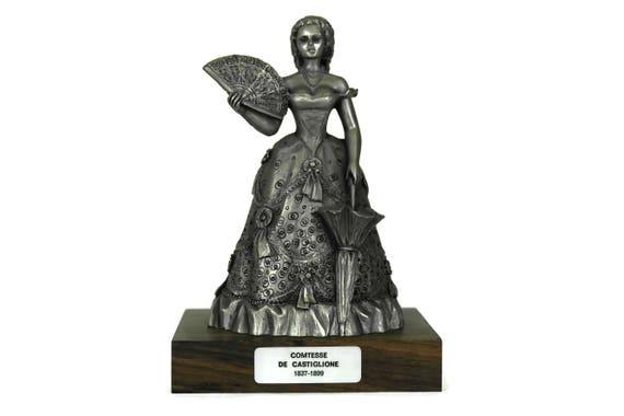 La Castiglione Vintage French Pewter Figurine, Statuette of Virginia Oldoini, Countess of Castiglione, Historical French Decor