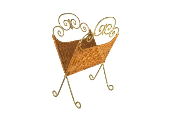 Folding Wicker Magazine Rack Holder with French Wrought Iron Frame Stand