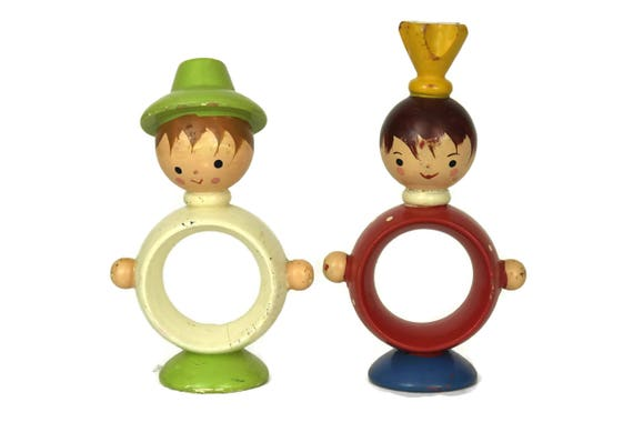 Vintage German Wooden Napkin Rings, The Prince and the Pauper Figurines, Erzgebirge Collection