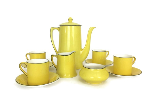 Yellow Art Deco Coffee Pot and Demitasse Cup Set by Crown Ducal Ware