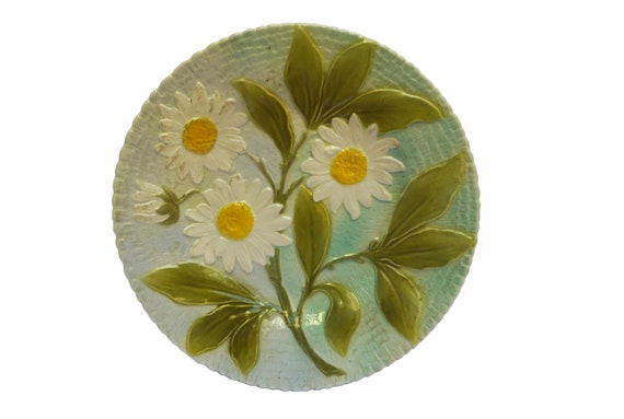 Antique Majolica Daisy Plate, French Ceramic Flower and Leaf Wall Decor