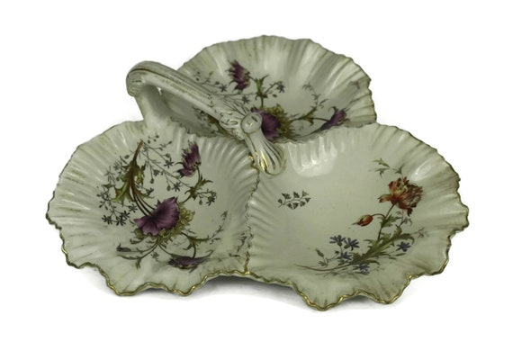 Antique Victorian Hors d'oeuvre Platter. Wiltshaw & Robinson Stoke on Trent Trefoil Sweetmeat Dish with Poppy Pattern. Sweet Serving Tray.
