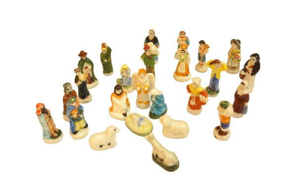 French Feves Christmas Manger Scene Nativity Set, 25 Ceramic Miniature Figurines