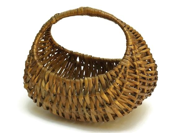 Rustic French Egg Basket.