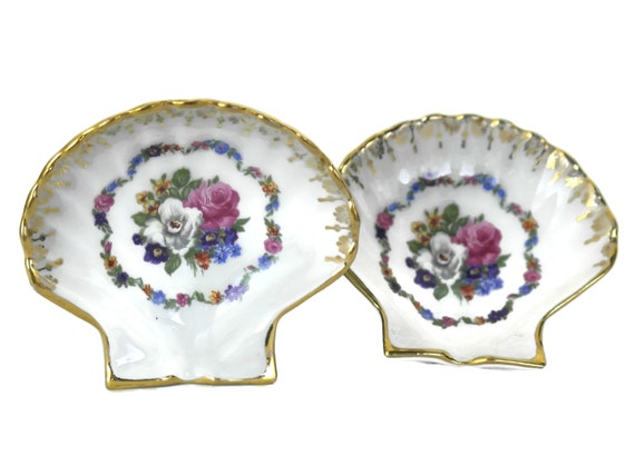 French Porcelain Sea Shell Ring Bearer Dishes
