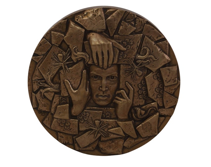 French Bronze Medal with Surrealist Face Portrait, Hands and Flowers, Commemorative For Secours Populaire Francais 1945 - 1995