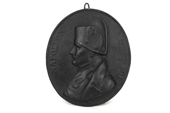 Napoleon Bonaparte Portrait Wall Hanging, Antique French Emperor and King Napoleon Profile Medallion Plaque