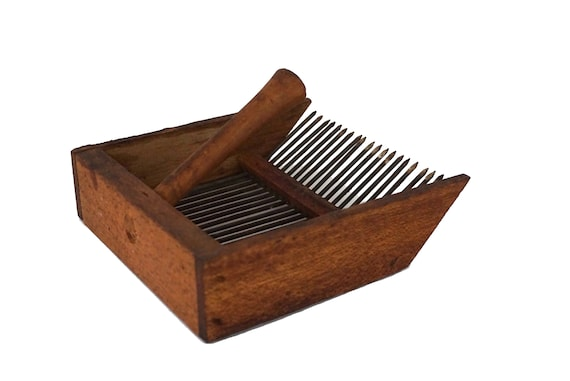 French Wooden Berry Picker Comb, Rustic Country Garden Fruit Scoop