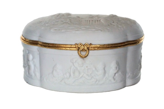 Limoges Porcelain Jewellery Box with Cherubs, Vintage French Ceramic Trinket Dish