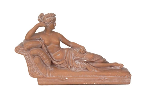 Pauline Bonaparte as Venus Victrix Statue, Nude Woman Art Sculpture