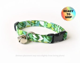 """Green Cat Collar 