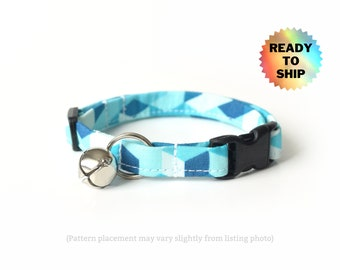 """Teal Blue Geometric Cat Collar 