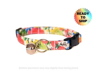 """Floral Cat Collar 