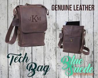 Monogrammed Brown Leather Tech Bag - Groomsmen Gift, Groomsmen Bag, Genuine Leather, Ipad Bag, Men's Toiletry Bag