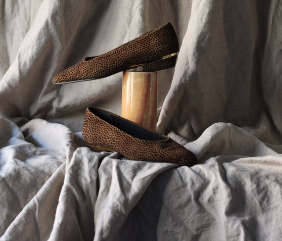 des années 90 pompes pompes pompes à imprimé animales / écumoires léopard / Marron  chaussures plates zapatos planos animal print / zapatos ante mujer vintage / 5,5 US / UE 36   Nombreux Dans La Variété  4f12fa