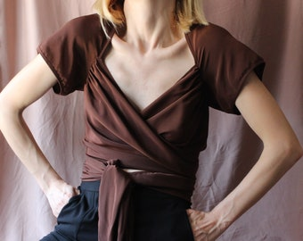 90s Moschino wrap blouse / Moschino Cheap and Chic top / tie waist crop top / designer blouse / brown wrap blouse / tie blouse / S / M