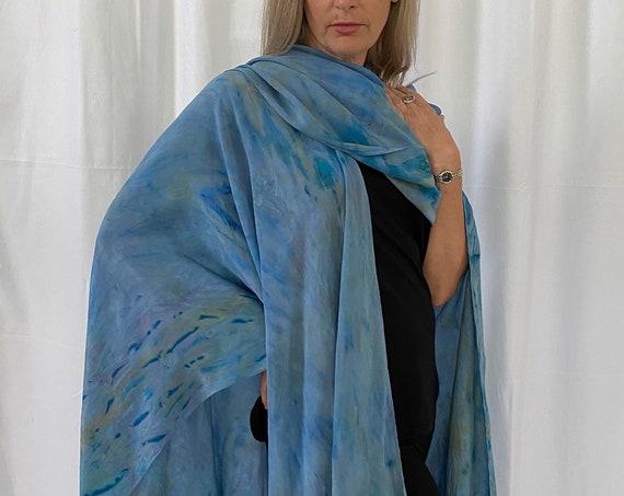 silk cape, shoulder wrap, Arashi Shibori dyes, light blue