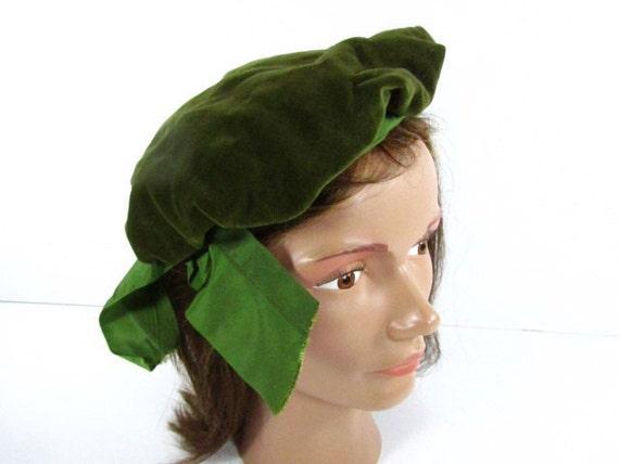 Vintage Berret,green Hat, OOAK hat,Vintage Hat, Ve