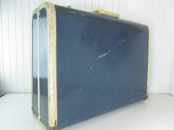 VINTAGE SUITCASE, luggage,suitcase, Travel Bag, bl