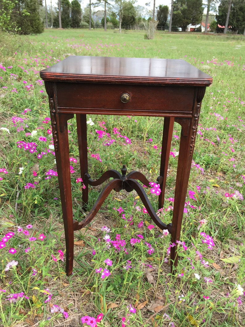 Table Vintage Side Table End Table ornate table, wood table Lamp Table entryway table nightstand Furniture