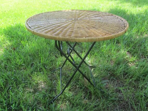 table en osierpliage en métalen en vintagepieds vérandapatio rondetable osiermeubles d'extérieurdécor Table osiertable uOPTkZiX
