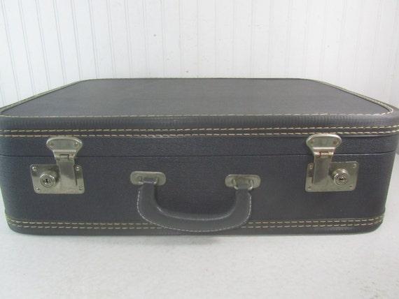 VINTAGE SUITCASE, luggage,suitcase, Travel Bag, Ov