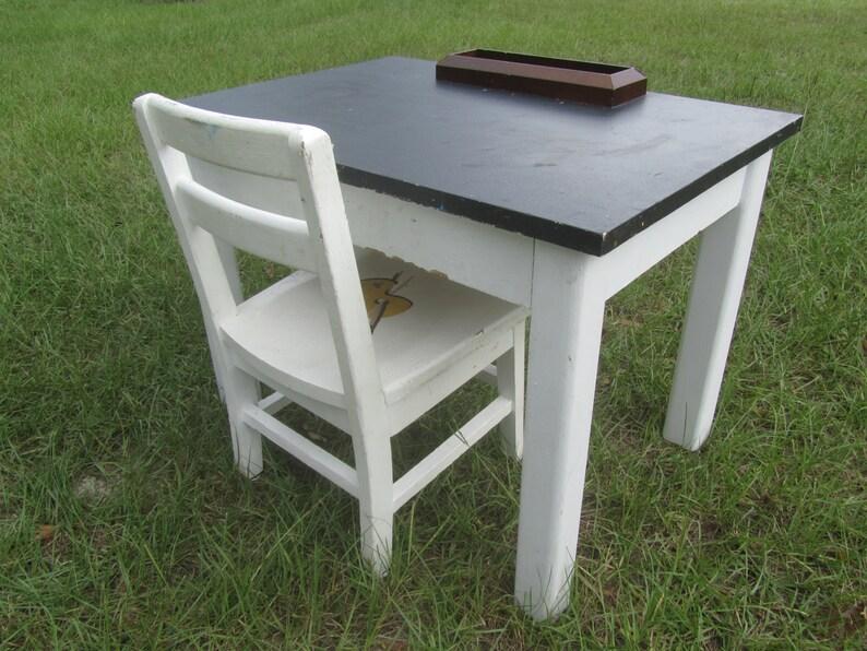 Bureau en bois blanc vintage a vendre ememain be