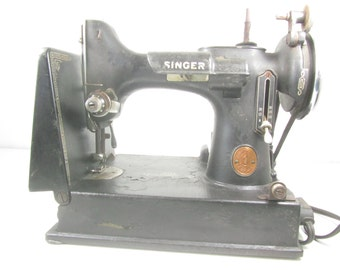 Featherweight Singer Sewing Machine with case, black, Victorian, antique decor, tailor,seamstress, ornate sewing machine