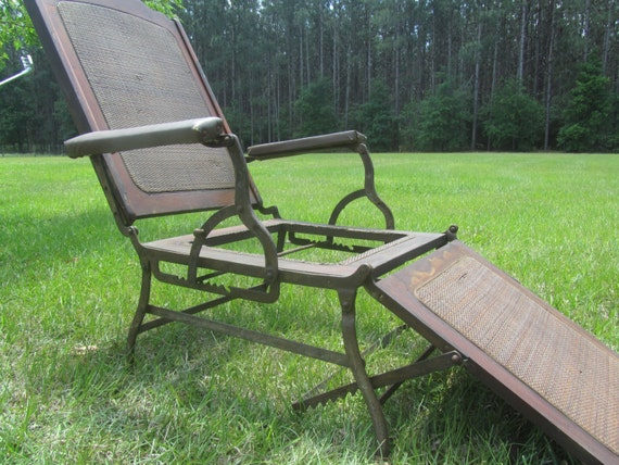 - Antique Folding Chair Steamship Deck Chair Patio Furniture