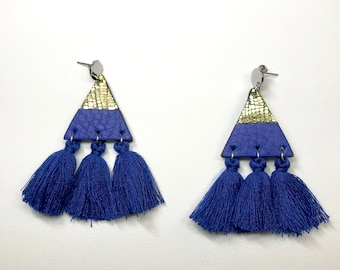 Golden and electric blue leather triangle earrings with tassels / Color block earrings / Triangle earrings / Tassel earrings
