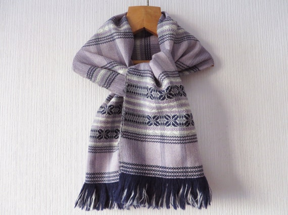 Vintage 80s Fringed Nordic Scarf Handwoven Scarf M