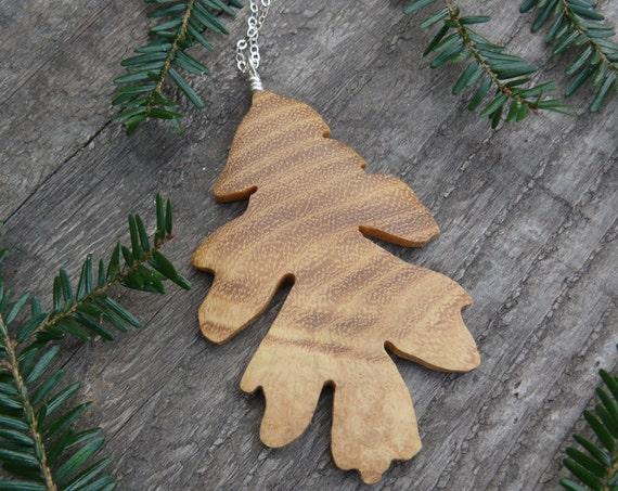 Wood Necklace Oak Leaf Pendant, Oak leaf Silver Necklace, Oak leaf jewelry, Leaf Silver necklace, Nature lover gift, Gift for her under 20