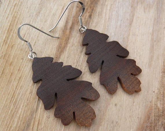 Oak leaf earrings, Silver leaf earrings, leaf earrings, Earthy earrings, Natural wood jewelry, Sterling silver earrings, Nature lover gift