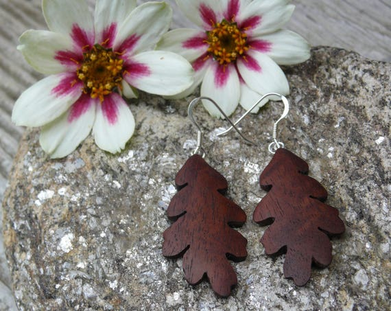 Oak leaf earrings, Oak leaf Jewelry, Sterling silver oak leaf earrings, Wooden Earrings, Earthy earrings, Nature lover gift, Gift for her